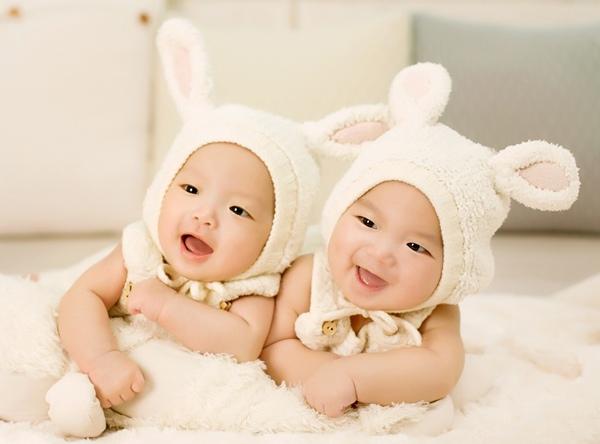 雙胞胎準爸媽孕期注意事項:雙胞胎孕婦照護、合併症需知