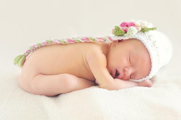 【新生兒照護】新生兒發燒,應注意、莫驚慌,先找尋發燒原因,尋求醫師治療
