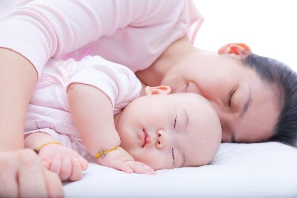 寶寶需要睡枕頭嗎?