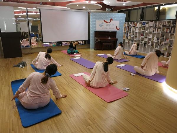 產後專屬運動瑜珈課程