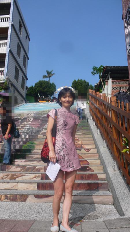 三義建中國小三D彩繪階梯
