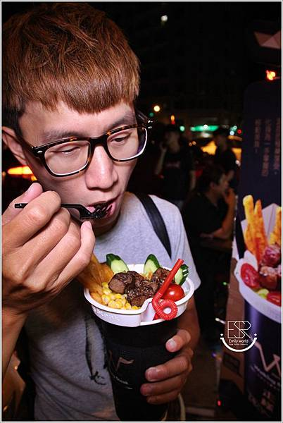 走樣牛排杯 (31)