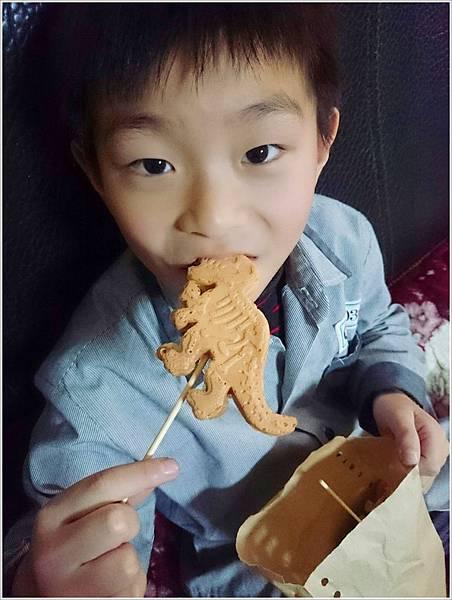 立體恐龍造型雞蛋糕-鶯歌區 (1)