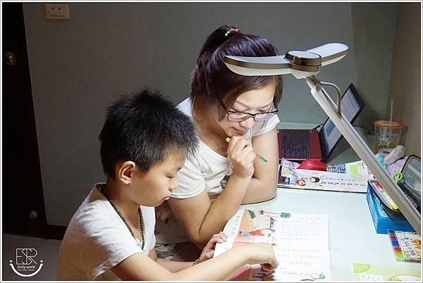 BenQ WiT MindDuo S親子共讀檯燈 (20)