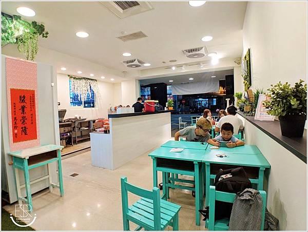 Q哥 黑糖珍珠鮮奶&香脆雞排專賣店 (21)