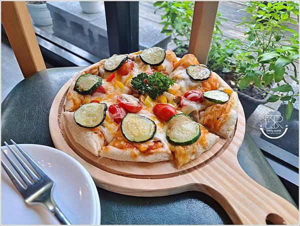 La Olive義式蔬食咖啡館 (13).jpg