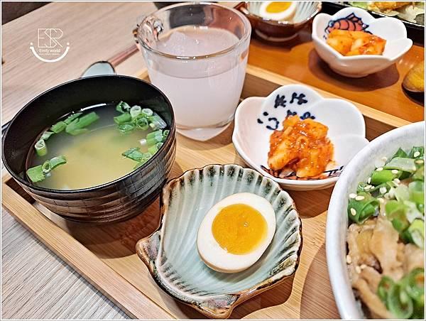 主丼 飯食 (18).jpg