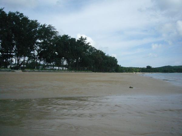 搭快艇從一線沙灘回到飯店的私人沙灘