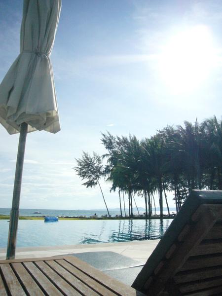 飯店第二個泳池