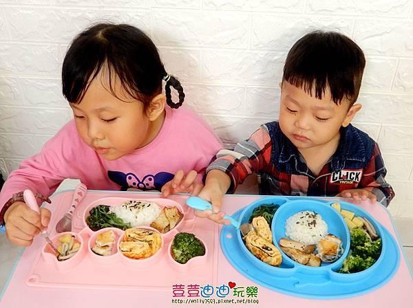 EXPECT兒童矽膠餐盤-防滑餐盤 (20).jpg