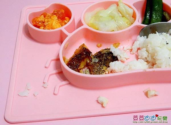 EXPECT兒童矽膠餐盤-防滑餐盤 (6).jpg