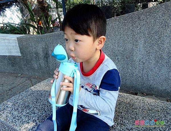 Babymate不鏽鋼貓咪吸管保溫杯 (6).jpg