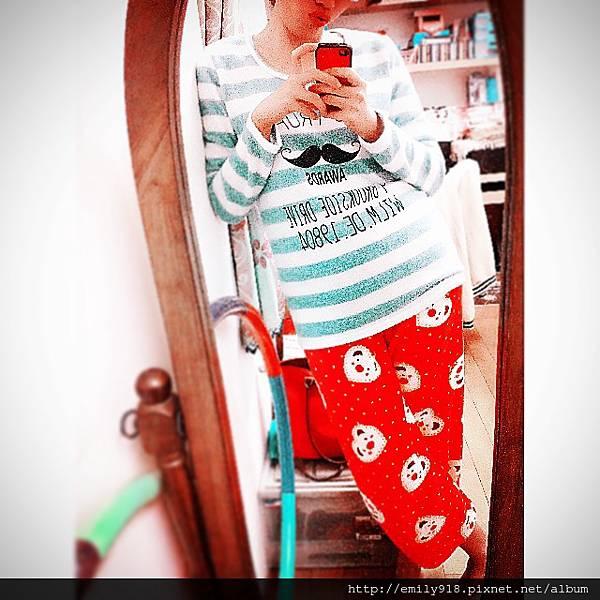 141203 睡衣也要聖誕節.JPG