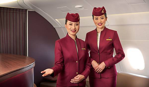 h2-a380-cabin-crew-welcome-asian