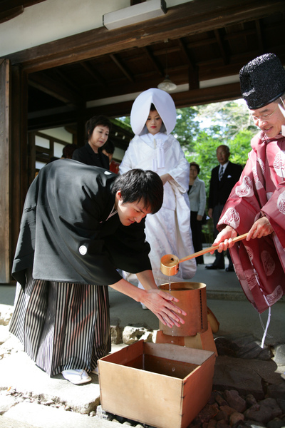 儀式開始前要先洗手算是淨身