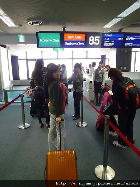 從成田機場到大溪地飛行要10個半小時,加上再搭乘國內小飛機空中巴士飛往波拉波拉總共要11個小時多,所以穿輕鬆睡衣style才是王道