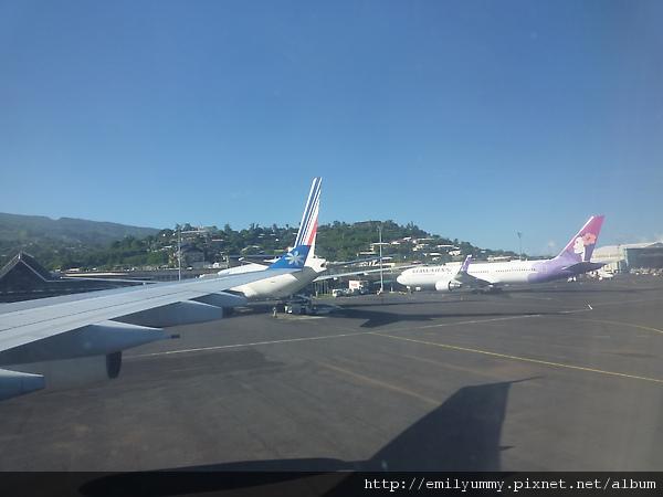 到大溪地只有四家航空公司,法航 夏威夷航空 大溪地nui航空 紐西蘭航空