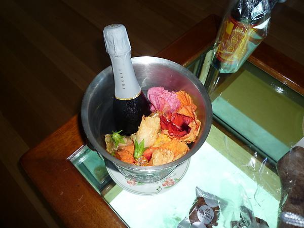 蜜月禮物:香檳