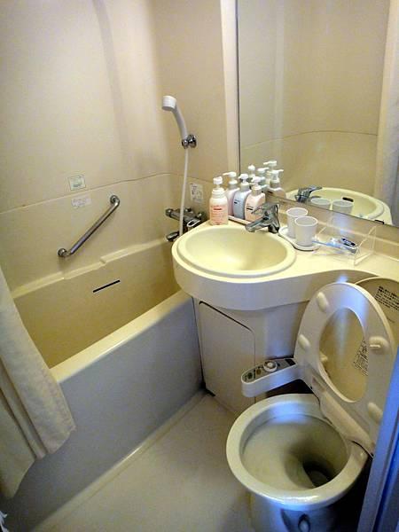 DSC麻雀雖小五臟俱全 有機會我的廁所也要這樣!!!02859.jpg