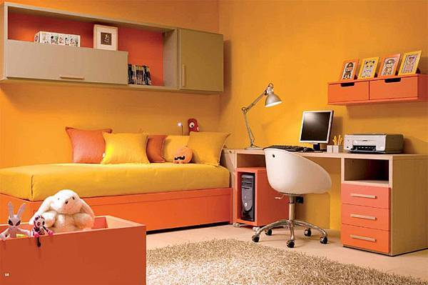 retro-look-orange-shades-analogous-color-scheme.jpg