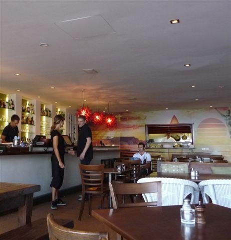 Manly beach-12-cafe.JPG