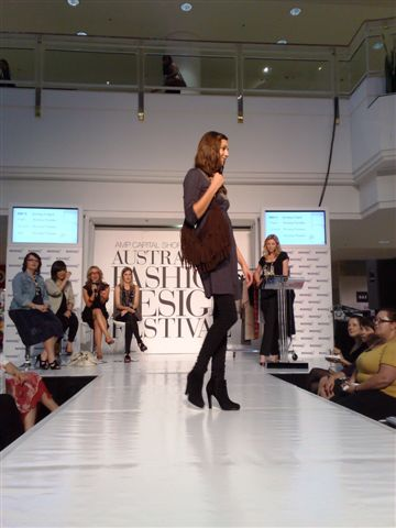 澳洲時尚設計節-第1套衣服.jpg