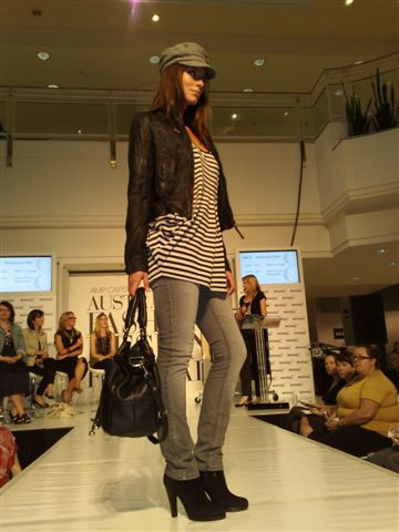 澳洲時尚設計節-第4套衣服1.jpg