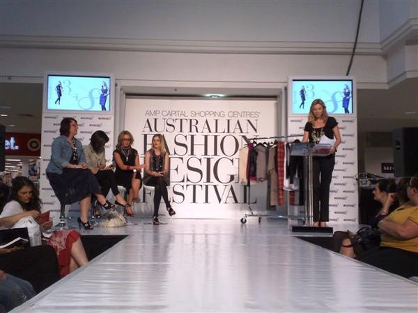 澳洲時尚設計節-開場2.jpg