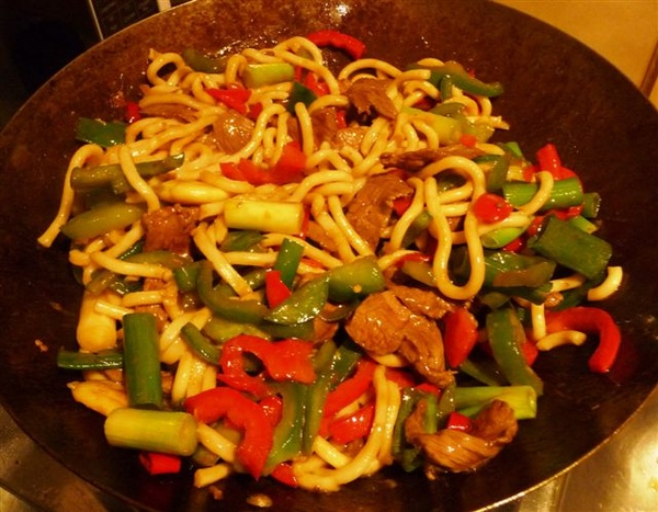 step 7-all sesame oil and then stir fry evenly.JPG
