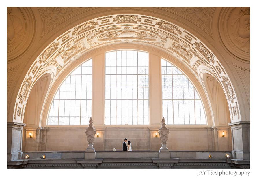 03_wedding-rotunda-san-francisco-city-hall.jpg