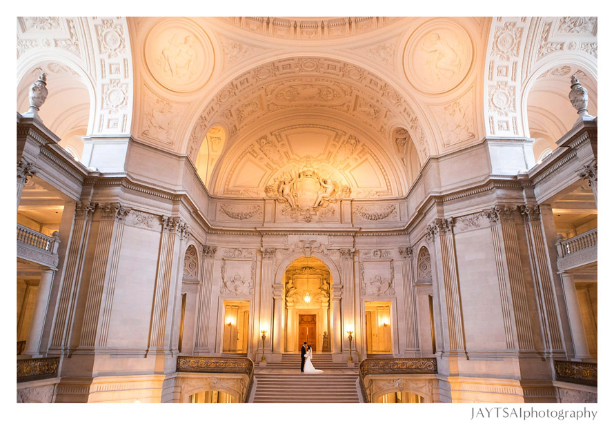 09_san-francisco-city-hall-wide-angle.jpg