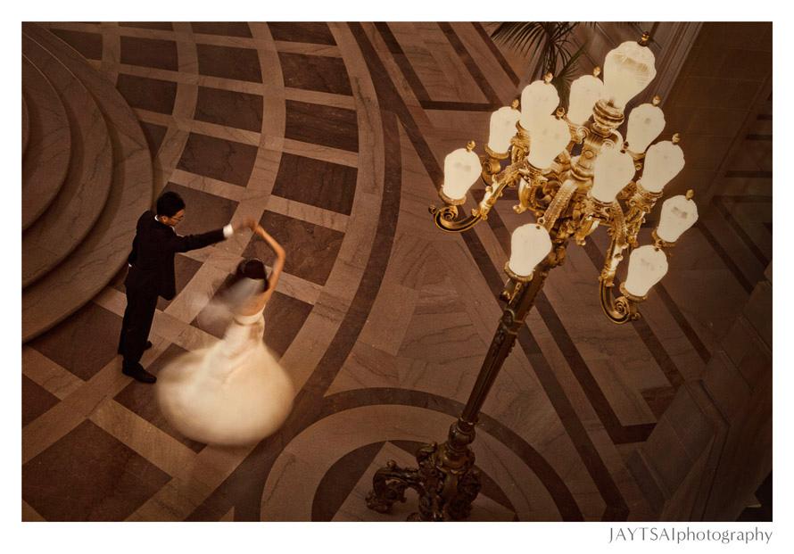 14_romantic-first-dance-wedding-city-hall-san-francisco.jpg