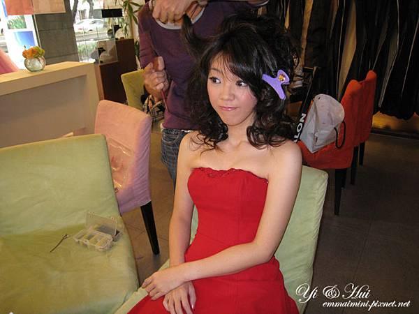 婚紗側拍12-第二天先拍紅色禮服.jpg