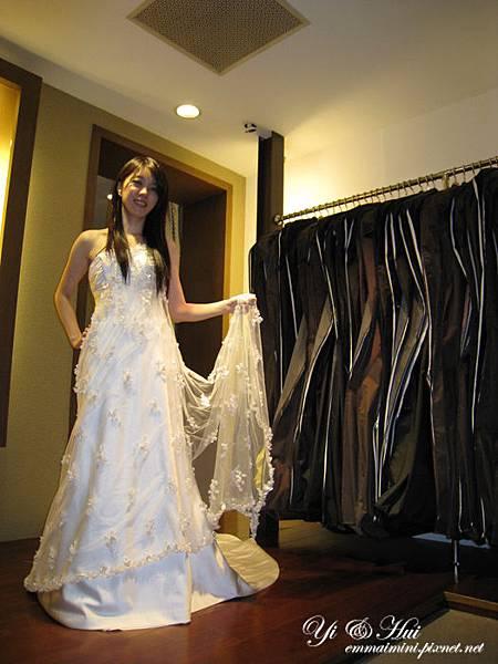 婚紗拍照禮服試穿12.jpg