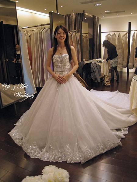 漂亮的白紗