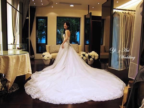 漂亮白紗裙襬