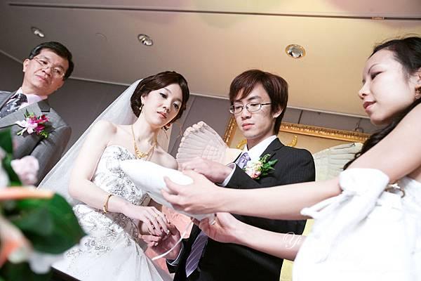 結婚宴彩排12-交換戒指.jpg