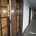 美國Day2上午(07)-2樓房間外的走廊
