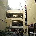 美國Day2上午(16)-第一個目的地-柯達戲院,要穿越這裡到星光大道~