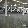 美國Day4上午(05)冷清的飯店停車場.jpg