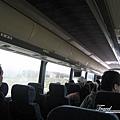 美國Day4上午(50)官方遊覽車車內.jpg