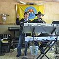 美國Day4上午(70)餐廳內還有音樂表演~.jpg