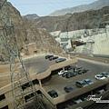 美國Day4下午(17)美國地大~到哪都能看見很大的停車場~.jpg