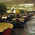 美國Day5(14)餐廳挺大的~.jpg