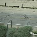 美國Day5(46)又要坐車趕路了~路上不知道為什麼要畫那些線~~裝置藝術嗎~~XD~.jpg