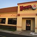 美國Day6下午(47)這是在餐廳旁邊的wendy's漢堡餐廳~~差一點就要脫隊去吃~~可惜沒成功@@!殘念!!.jpg