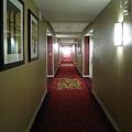 美國Day7上午(16)白天的飯店走廊~.jpg