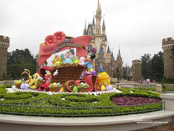 日本Day4迪士尼(73)早上一開始匆匆經過的中庭~~再好好的來照一張~~.jpg