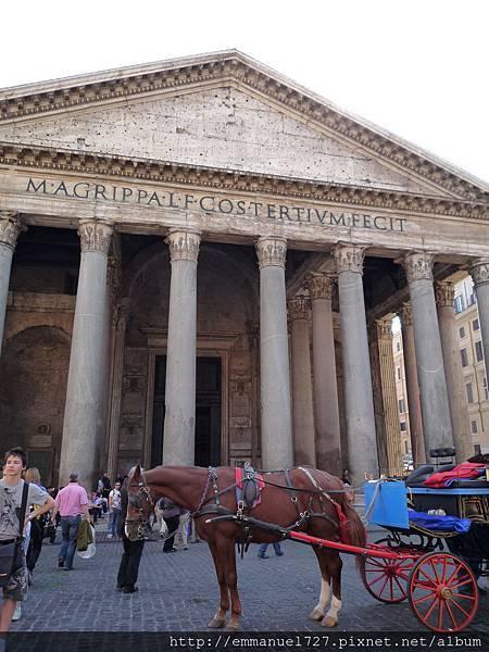 萬神殿 (Pantheon)