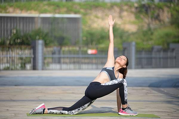 yoga a 6.jpg